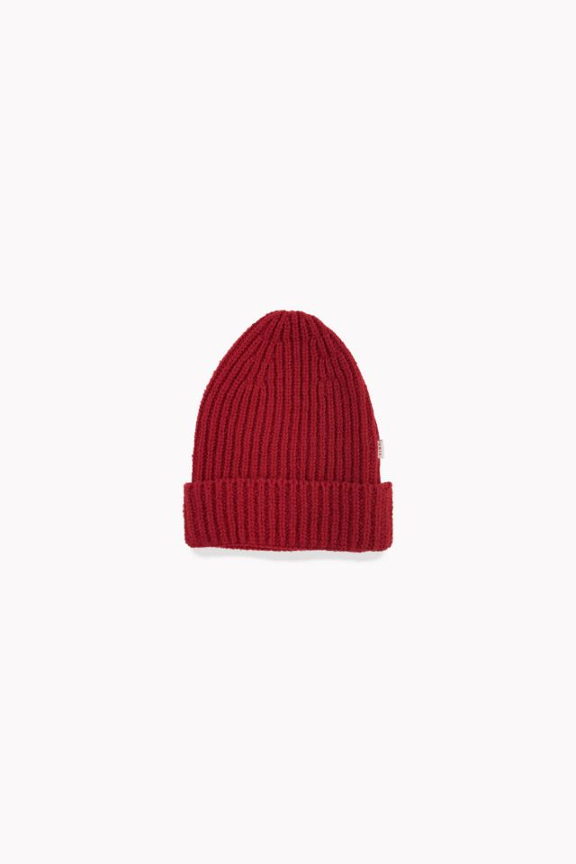 WOMAN FLUFFY BEANIE