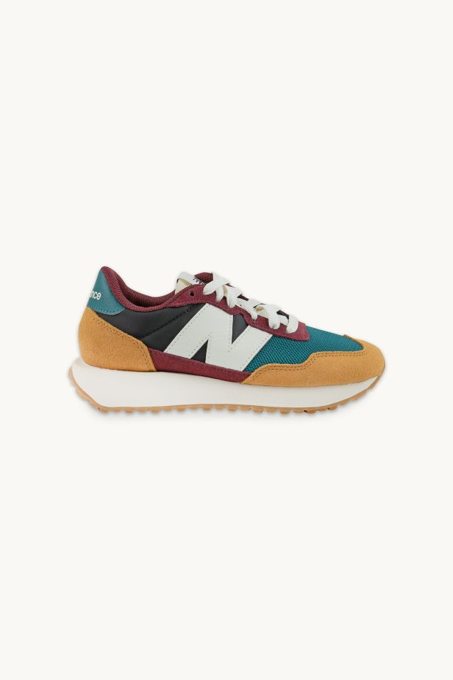 New Balance - Higher Learning